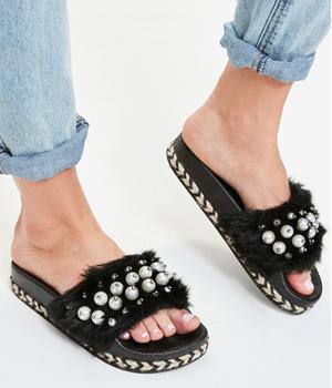 Papuci cu blanita si talpa groasa